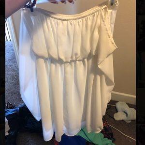 Dresses & Skirts - Off the shoulder white flowy dress